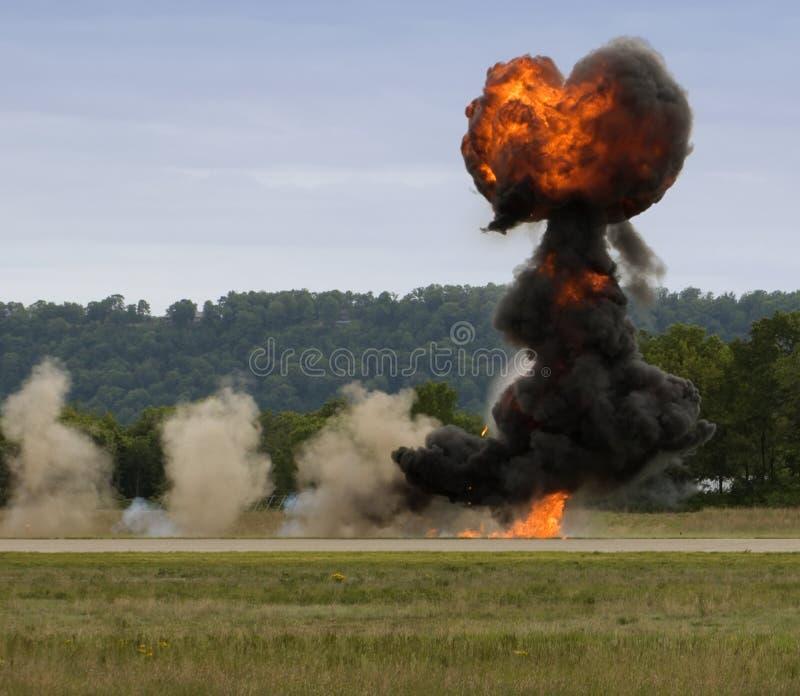 Explosão ascendente e coração dada forma do funcionamento fotografia de stock
