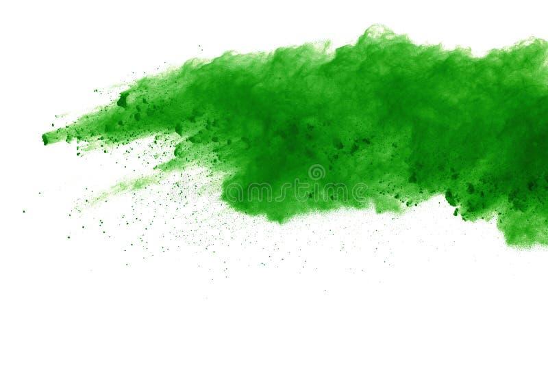 Explosão do pó colorido, isolada no fundo branco Sumário da poeira colorida splatted nuvem da cor imagens de stock royalty free
