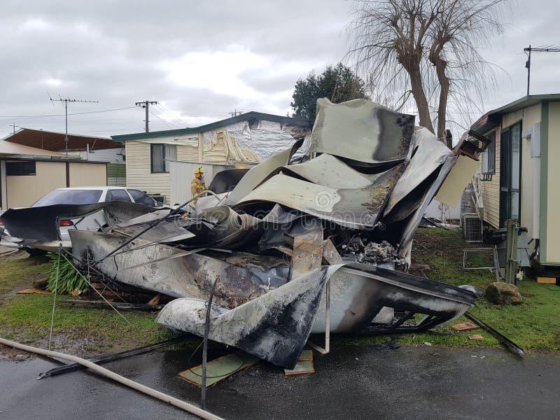 explosión de la caravana donde vivo foto de archivo