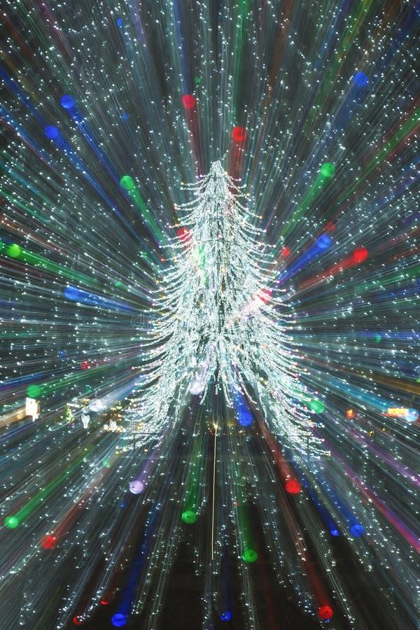 Explosión del árbol de navidad imagenes de archivo
