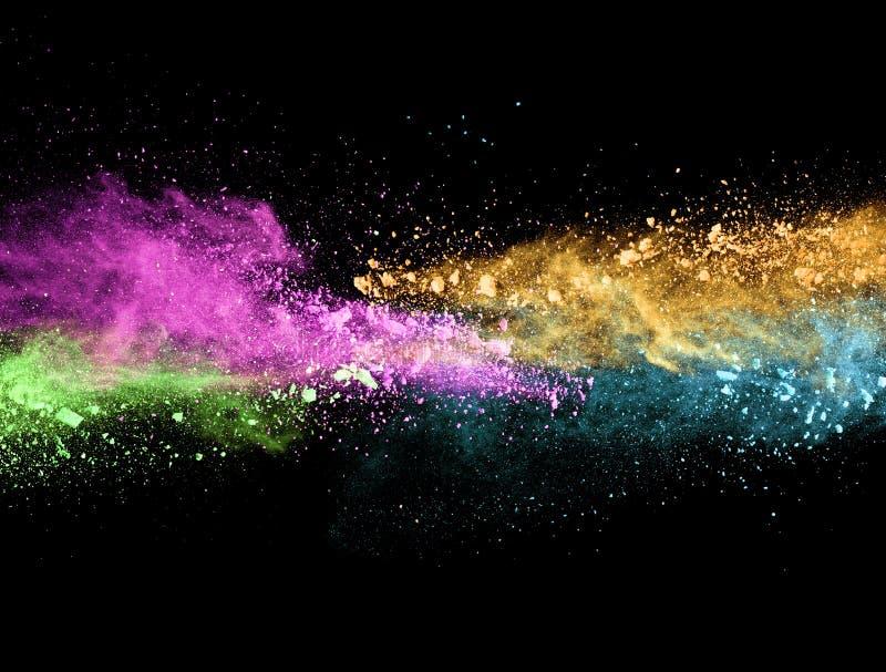 Explosión del polvo coloreado en fondo negro stock de ilustración