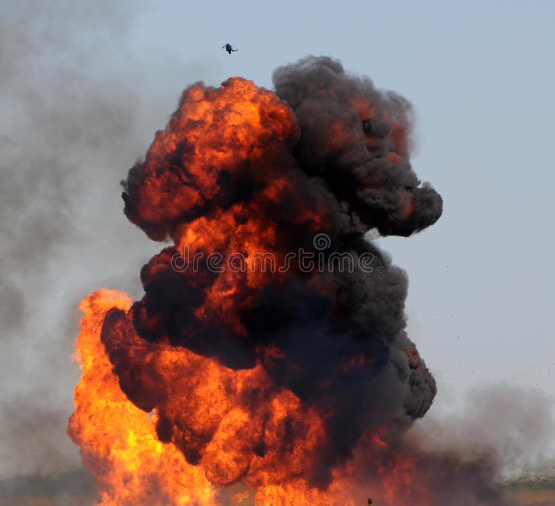Explosión gigante imagen de archivo libre de regalías