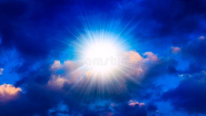 Explosión grande abstracta Luz del cielo imagen de archivo libre de regalías