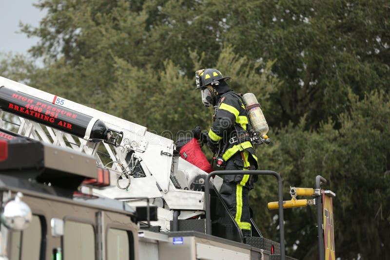 Explosie bij Inspectoraat Amerika een bedrijf in corporexpark in Tamper, FL 8 oktober, 2018 een Mens was brandwond met een mogeli stock foto