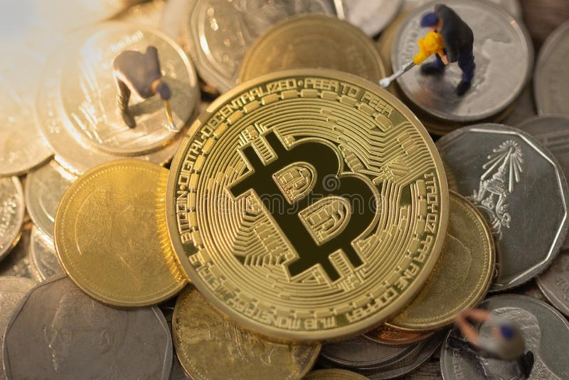Explotación minera de Bitcoin Concepto de la explotación minera de Cryptocurrency foto de archivo libre de regalías