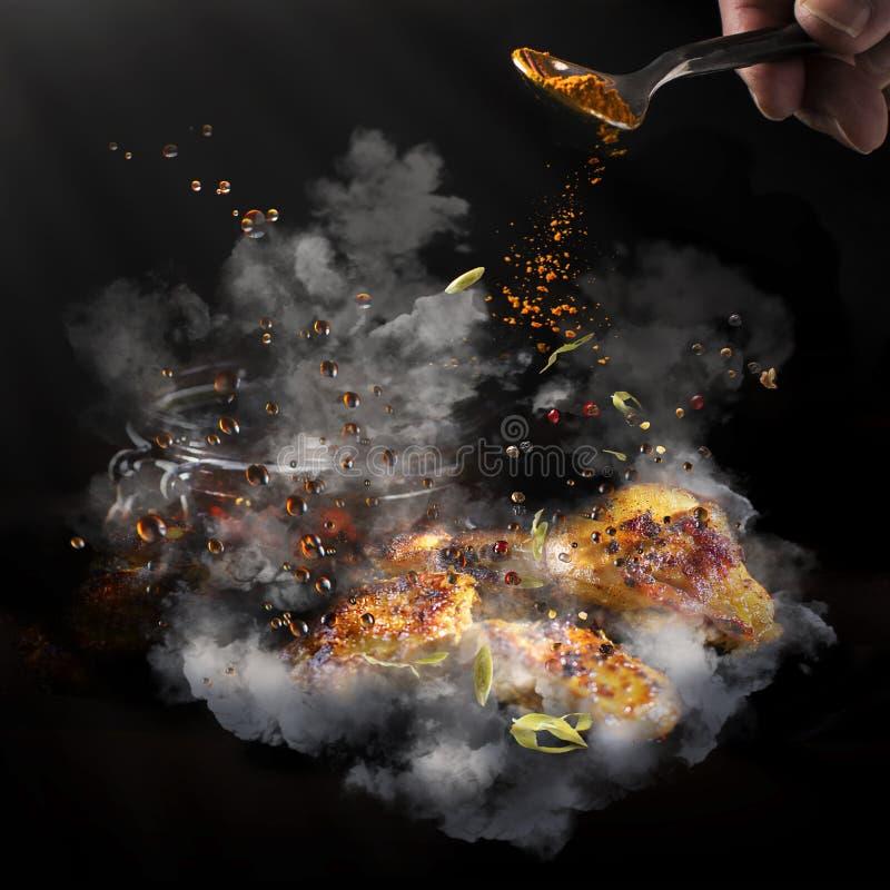 Explotion von Aromen oben im Rauche stockbilder