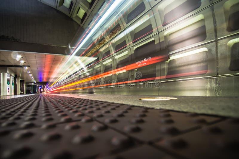 Exponering för gångtunnel för Washington dc-tunnelbana lång royaltyfria bilder