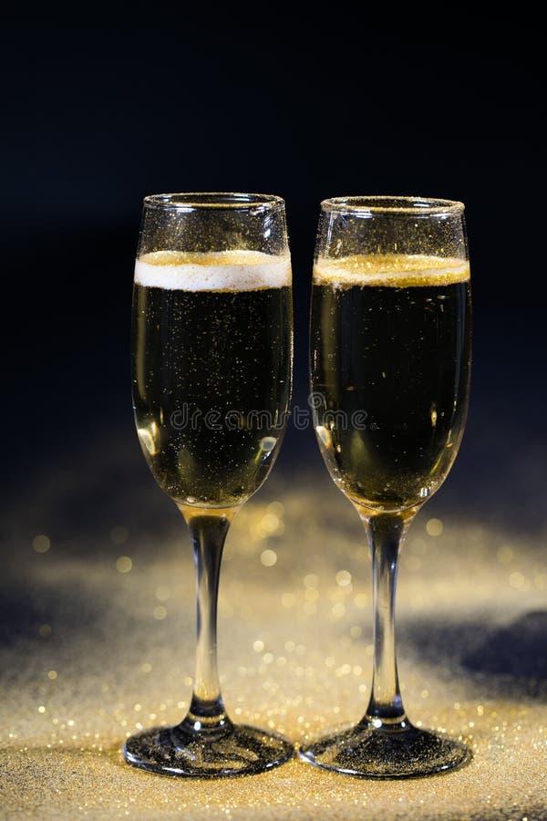 Exponeringsglas av champagne royaltyfria foton