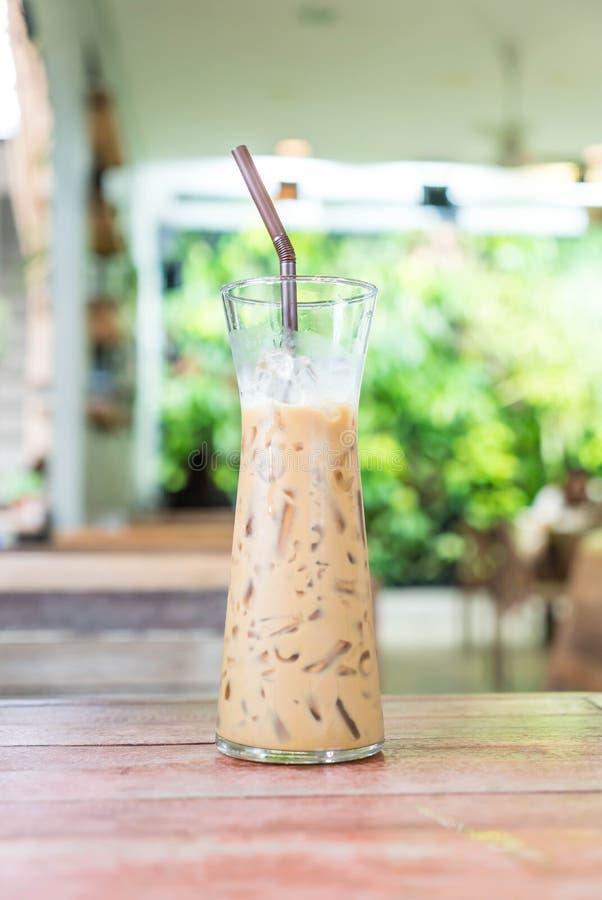 Download Exponeringsglas Av Med Is Espressokaffe Arkivfoto - Bild av refreshment, medf8ort: 106832172