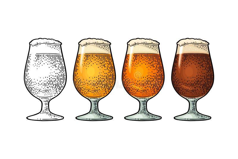 Exponeringsglas med olikt typöl - lager, öl som är kraftigt Tappningfärggravyr stock illustrationer