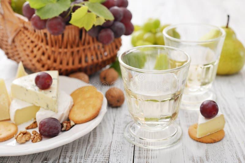 Exponeringsglas med wine royaltyfria bilder