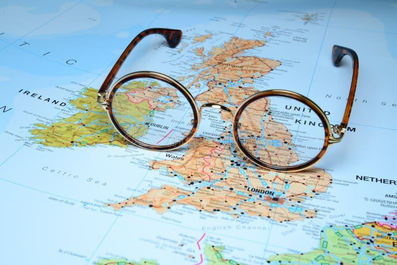Exponeringsglas på en översikt av Europa - Dublin arkivbilder