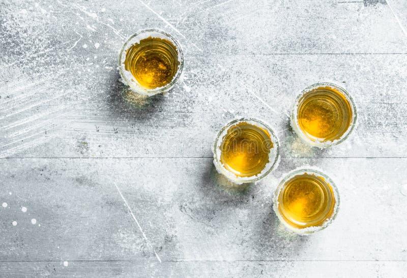 exponeringsglas skjuten tequila royaltyfri bild