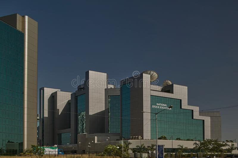 Exponeringsglas täckte kontorsbyggnader på bandrakurlakomplexet är ett nytt kommersiellt område av den MUMBAI maharashtraen royaltyfri foto