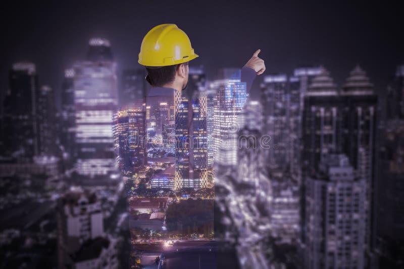 Exposição dobro da construção civil com arranha-céus fotos de stock royalty free