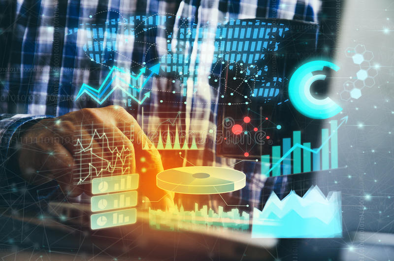 Exposição dobro da mão do homem de negócios que trabalha com o computador moderno novo e a estratégia empresarial como o conceito fotografia de stock