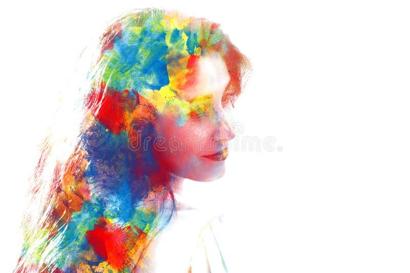 Exposição dobro da menina bonita nova isolada no fundo branco fotografia de stock