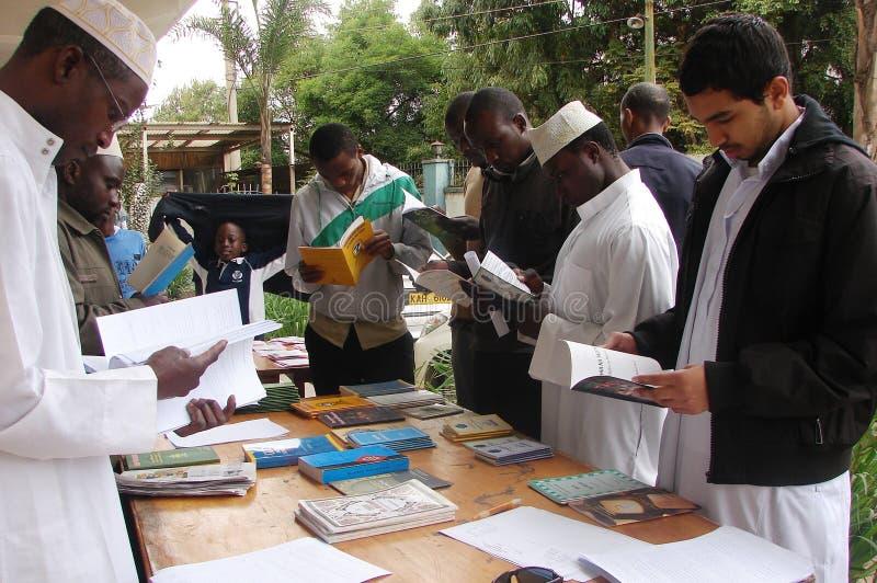Exposição dos livros em Nairobi Kenya fotos de stock