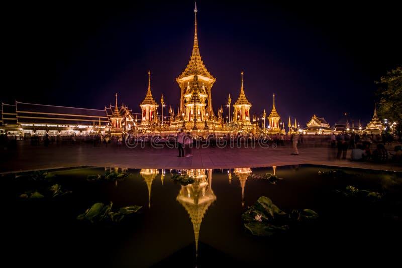 Exposição na cerimônia real da cremação, terra cerimonial de Sanam Luang, Banguecoque, Tailândia em November7,2017: Crematório re fotos de stock royalty free