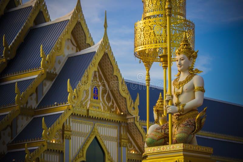 Exposição na cerimônia real da cremação, terra cerimonial de Sanam Luang, Banguecoque, Tailândia em November25,2017: Escultura do fotos de stock