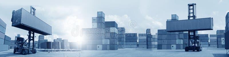Exposições múltiplas do transporte do negócio, logística, fundo da indústria overal fotos de stock royalty free