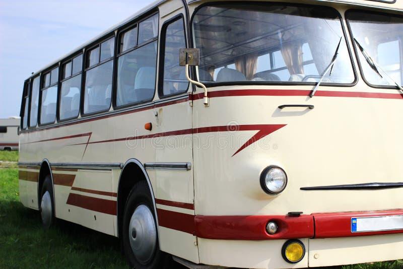 Exposición de autobuses retros imágenes de archivo libres de regalías