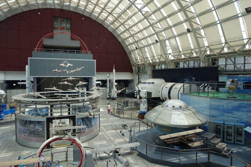 Exposición de la aviación en museo de la ciencia y de la tecnología de Sichuan fotos de archivo