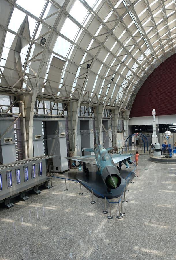 Exposición de la aviación en museo de la ciencia y de la tecnología de Sichuan imagen de archivo