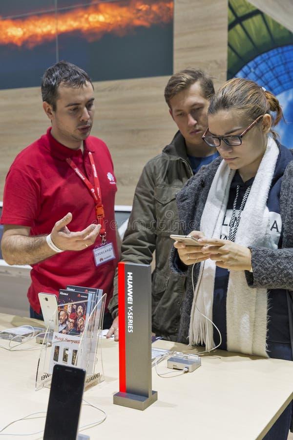 Exposición 2016 de la ECO de la electrónica en Kiev, Ucrania fotos de archivo