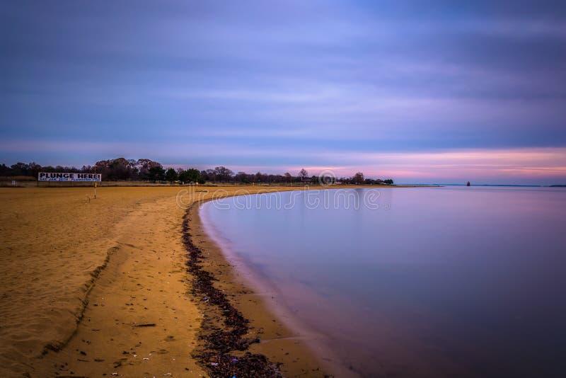 Exposición larga de la playa en Sandy Point State Park, Maryland fotografía de archivo