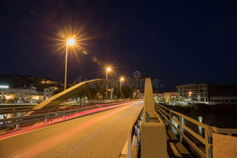 Exposición larga del puente del hierro fotografía de archivo libre de regalías