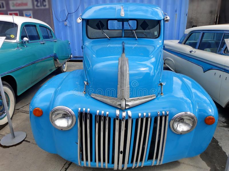 Exposici?n de coches retros Coche 'recogida del camión del modelo 79C de Ford V8 ', año de la fabricación 1947, los E.E.U.U. fotos de archivo