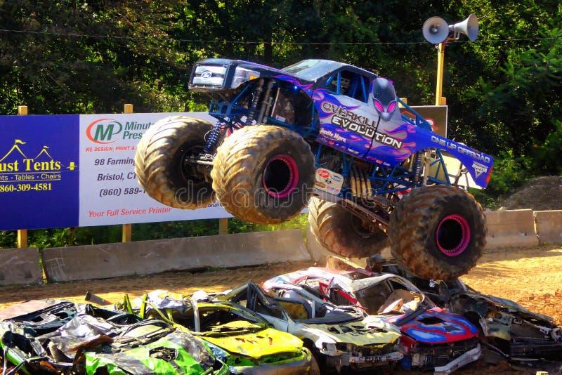 Exposition de camions de monstre photos stock