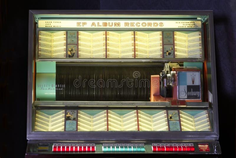 Exposition de collection de tourne-disque de musique de Seeburg de cru de juke-box rétro images libres de droits