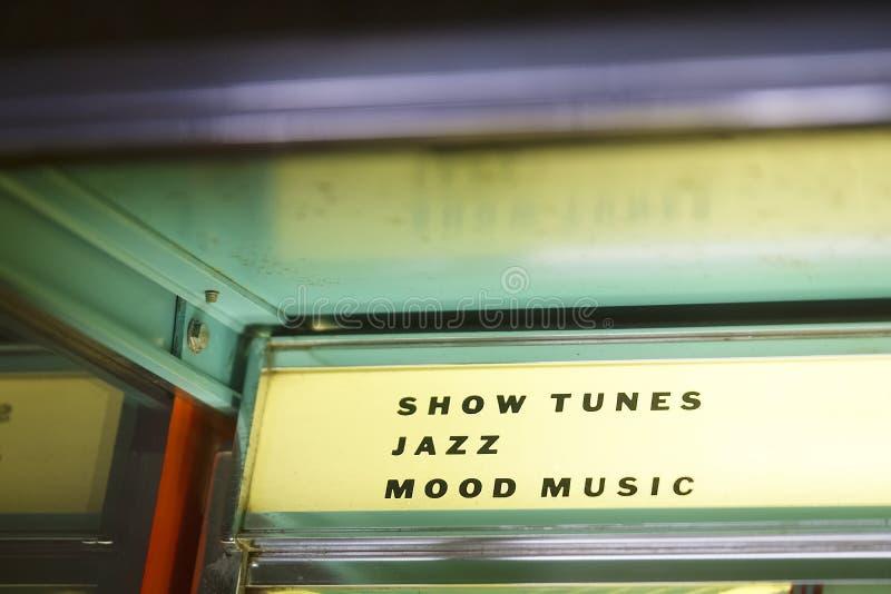Exposition de collection de tourne-disque de musique de Seeburg de cru de juke-box rétro image libre de droits
