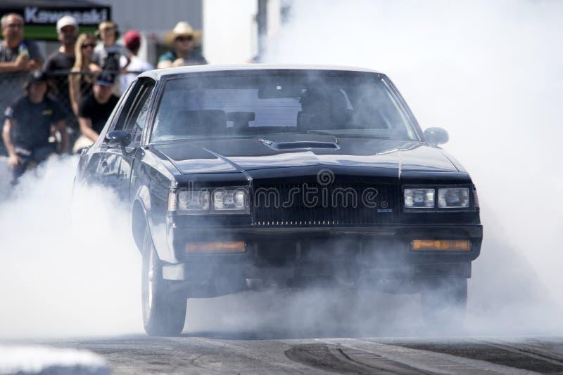 Exposition de fumée de ressortissant grand de Buick images stock