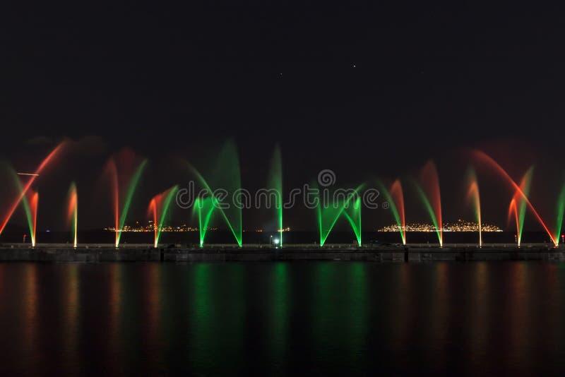 Exposition de laser dans Maltepe, Turquie Scène, le feu images stock