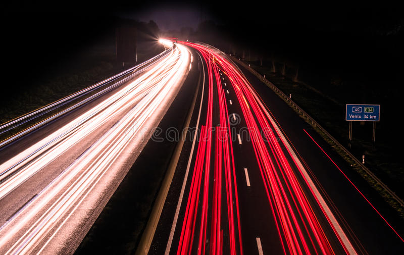 Exposition de long temps d'autoroute photos stock