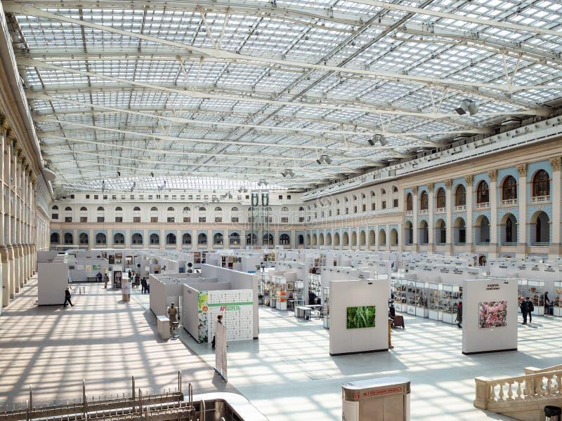Exposition et hall juste de Moscou Gostiny Dvor photographie stock