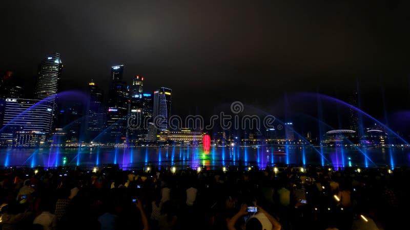 Exposition musicale d'eau légère de spectres images libres de droits