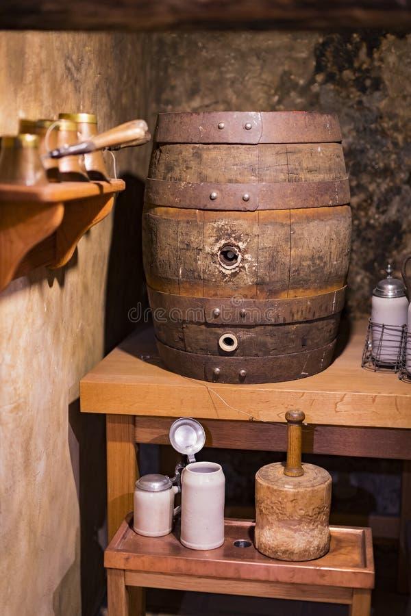 Expositions au musée des tasses de festival d'Oktoberfest, histoire de bouteilles de célébration photo libre de droits