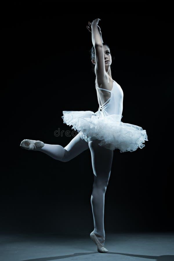 Expositions de danseur classique et d'étape photographie stock libre de droits