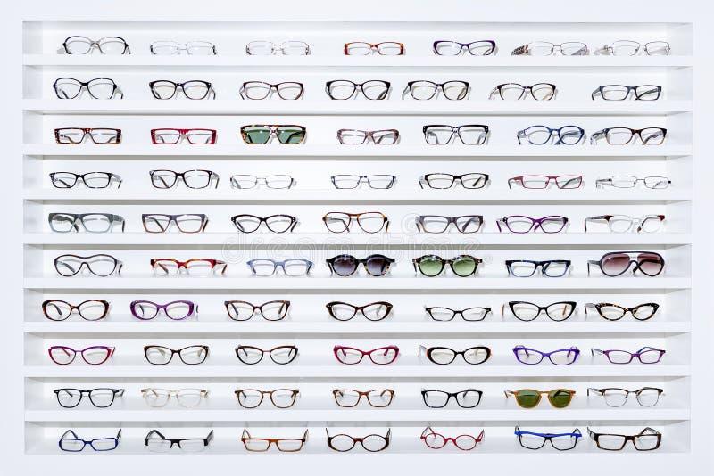 Expositor dos vidros imagens de stock