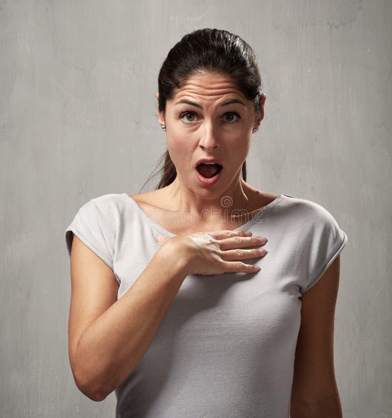 Expressão culpado da cara da mulher foto de stock royalty free