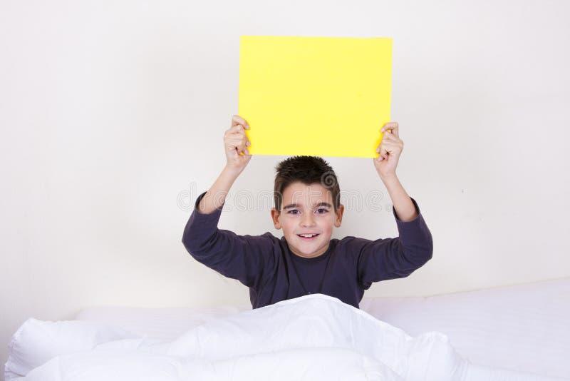 Expressões na cama foto de stock royalty free