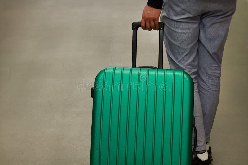 Expulsion d'un citoyen étranger Départ volontaire et envoi obligatoire Immigration et émigration Expulsez les touristes F sélecti image stock