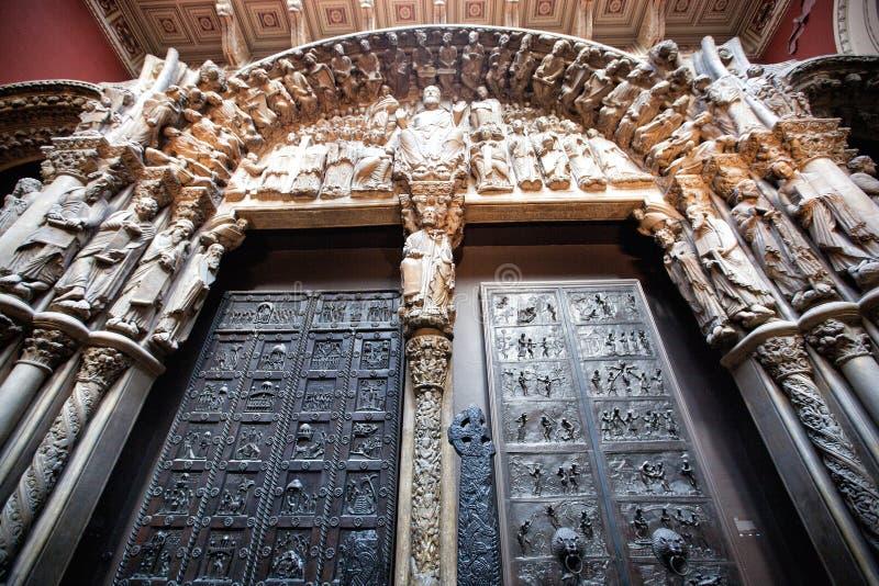 Exquisitamente puerta fotografía de archivo