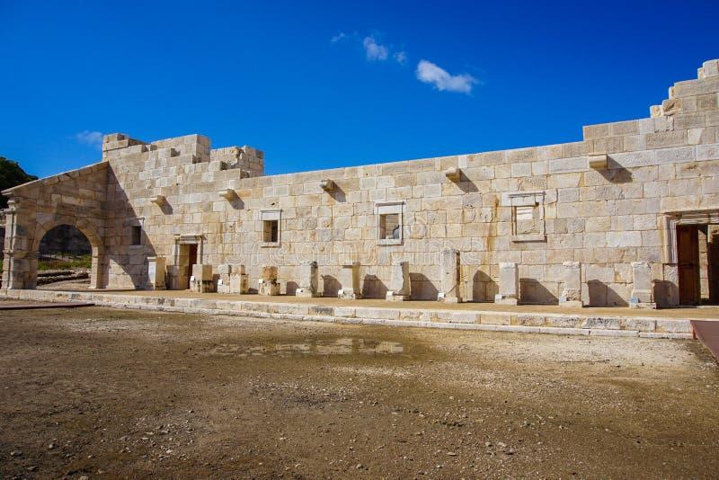 Extérieur de bâtiment de Bouleuterion dans la ville antique de Patara Pttra La salle de réunion du public de Lycia photographie stock libre de droits