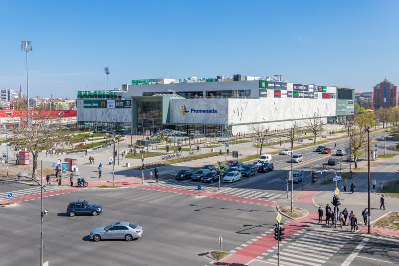 Extérieur de construction du centre commercial de Promenada à Novi Sad, Serbie images stock