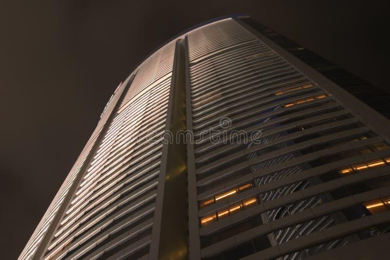 Extérieur de construction, nuit I photographie stock libre de droits